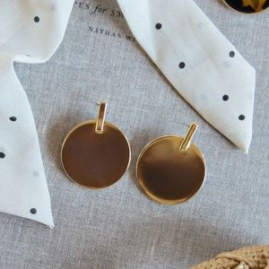 Morning Lavender gold earrings